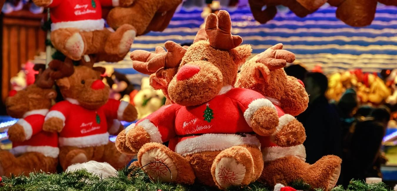 Ways to Celebrate Baby's First Christmas
